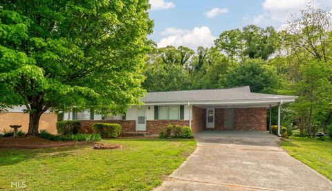Photo of 6388 Katie Ln, Morrow, GA 30260