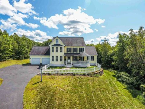 93 Flintlock Farm Rd, Dunbarton, NH 03046