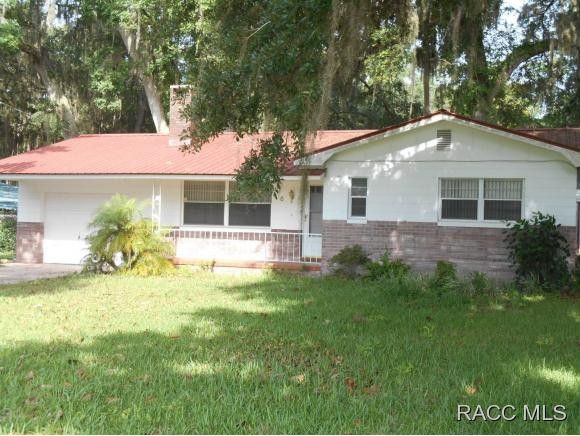 16 hickory ave yankeetown fl 34498 2 beds 2 baths home