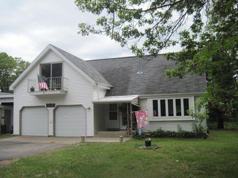 1095 Fish Ave, Grand Marsh, WI 53936