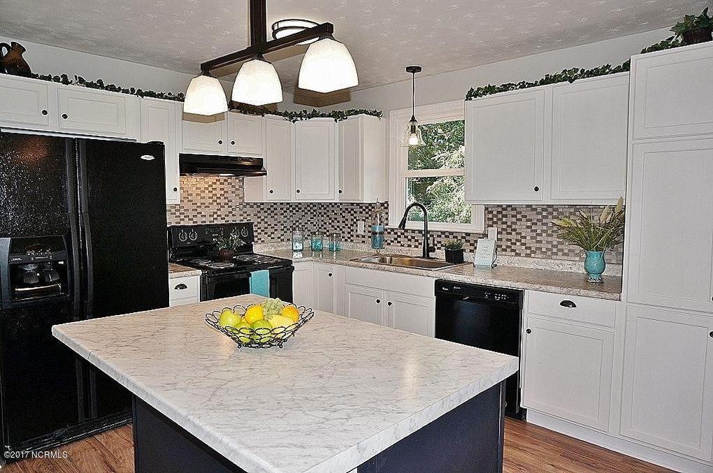 ... Jacksonville, NC 28546   Realtor.com® On Kitchen Cabinets ...