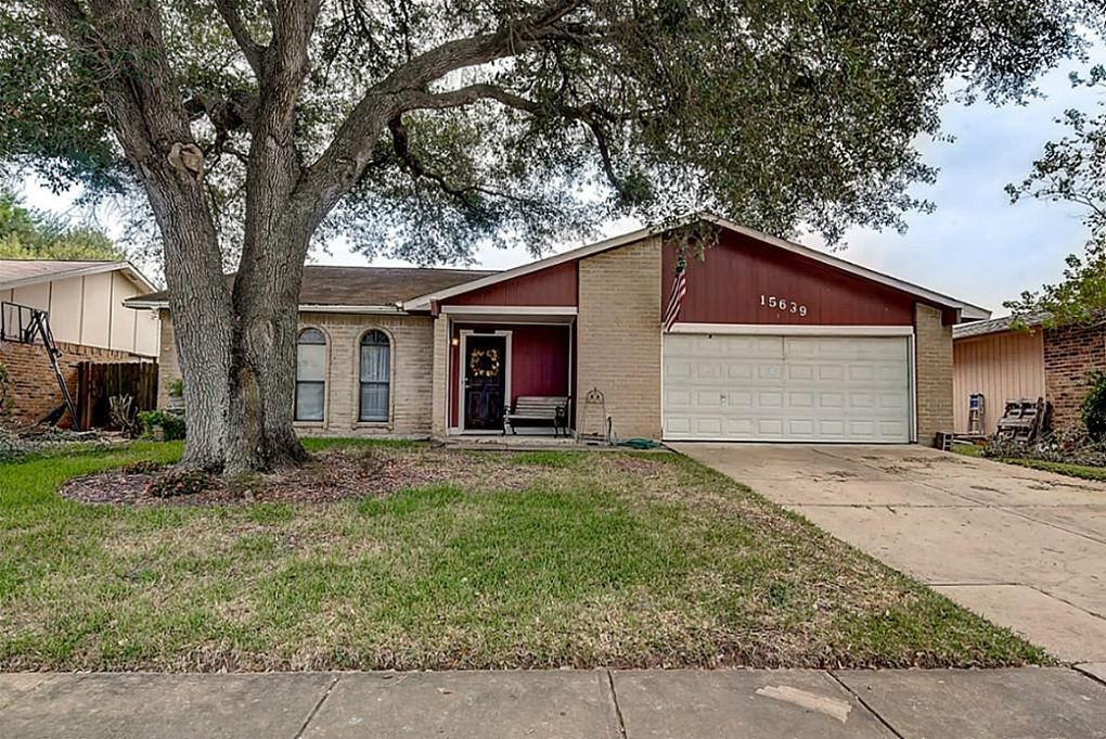 15639 Camino Del Sol Dr, Houston, TX 77083