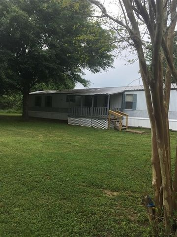 Photo of 5491 Front St, Sealy, TX 77474