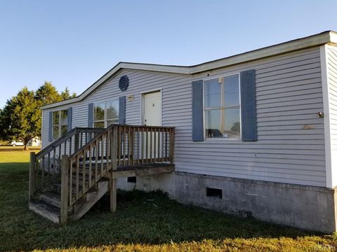 Photo of 429 N Indian Town Rd, Shawboro, NC 27973