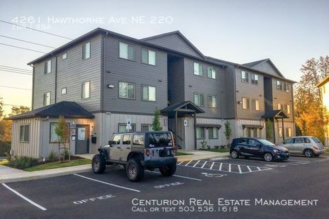 Photo of 4261 Hawthorne Ave Ne Apt 220, Salem, OR 97301