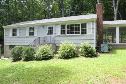 43 Old Mill Rd, Weston, CT 06883