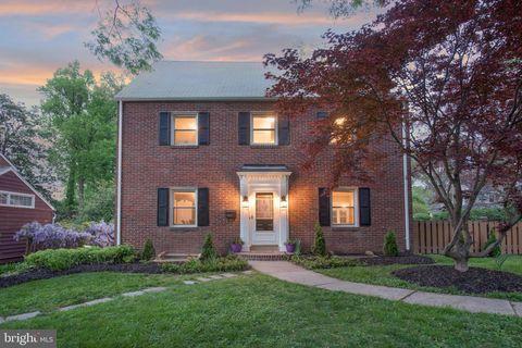 Phenomenal 22205 Real Estate Homes For Sale Realtor Com Interior Design Ideas Helimdqseriescom