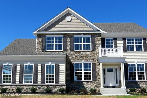 1815 Perspective Pl, Owings, MD 20736