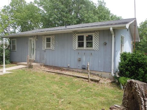 Photo of 20650 Thousand Hills Trl, Kirksville, MO 63501