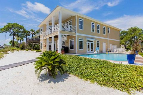 Orange Beach Al Houses For Sale With Swimming Pool