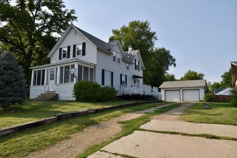 Photo of 181 3rd Ave, Round Lake, MN 56167