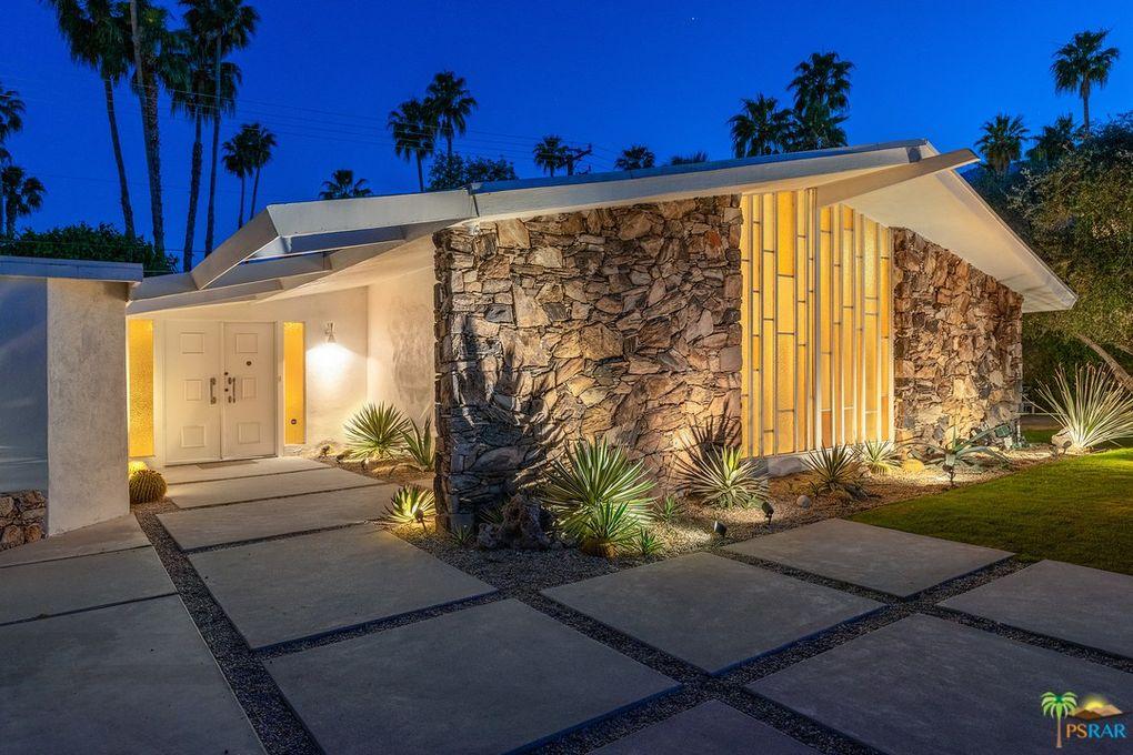 1155 E Mesquite Ave Palm Springs, CA 92264