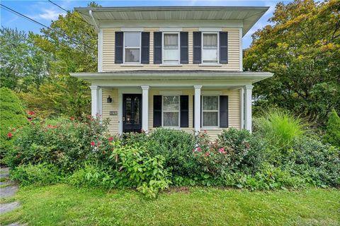 Awe Inspiring 240 Tryon St Middletown Ct 06457 Home Interior And Landscaping Sapresignezvosmurscom