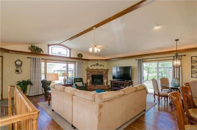 Humbert Rd And Homes For Sale