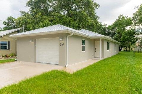 327 Mount Pleasant Rd, Nokomis, FL 34275