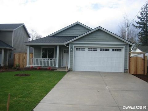 Photo of 1571 Sw Hayter St, Dallas, OR 97338