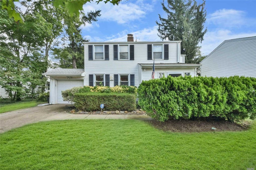128 browers ln roslyn heights ny 11577
