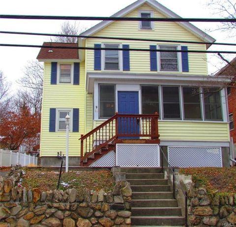 16 Walnut Ave, Highland Falls, NY 10928