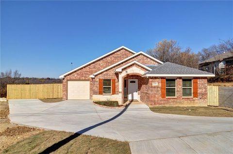 1151 Blodgett Ave, Fort Worth, TX 76115