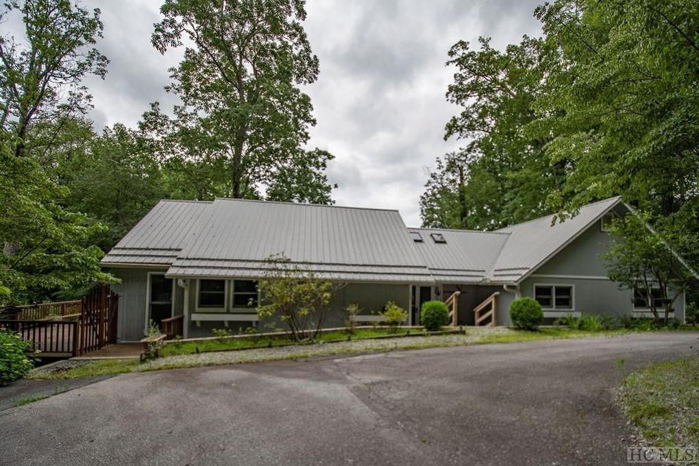 350 Queen Mountain Rd, Highlands, NC 28741