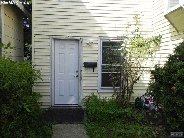 42 Preston St Unit 2, Ridgefield Park, NJ 07660