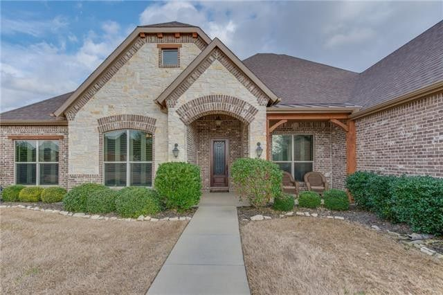 7221 Hill Country Ct, Midlothian, TX 76065