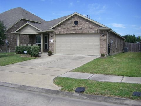 11831 Green Colling Park Dr, Houston, TX 77047