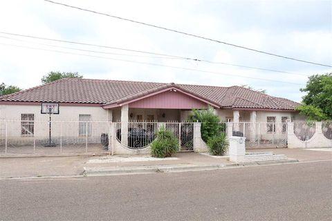 Photo of 201 E Lane St, Laredo, TX 78040