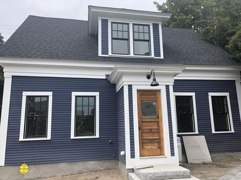 Photo of 446 Commercial St Unit 1, Provincetown, MA 02657