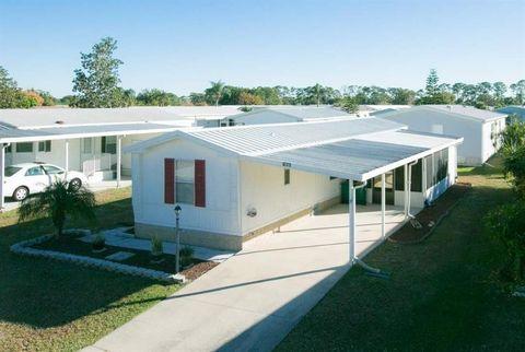 620 Papaya Cir, Barefoot Bay, FL 32976