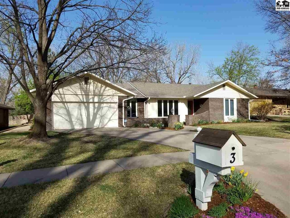 3 Pepperwood Ln Hutchinson Ks 67502