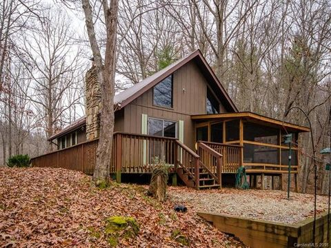 339 Byrd Mountain Estates Rd, Burnsville, NC 28714
