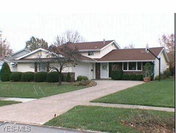 125 Northfield Dr, Elyria, OH 44035