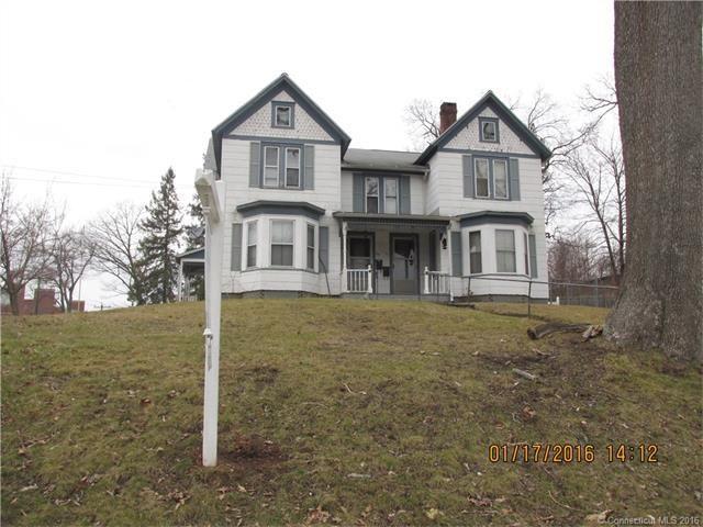 57 59 cooper hill st manchester ct 06040. Black Bedroom Furniture Sets. Home Design Ideas