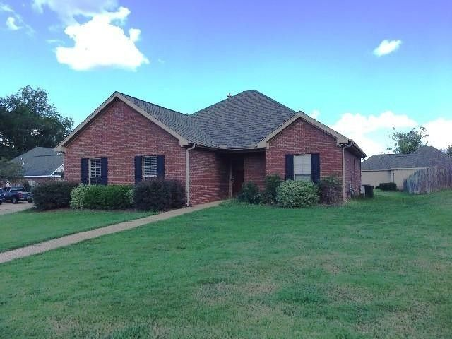 101 Bay Meadows Dr Starkville Ms 39759