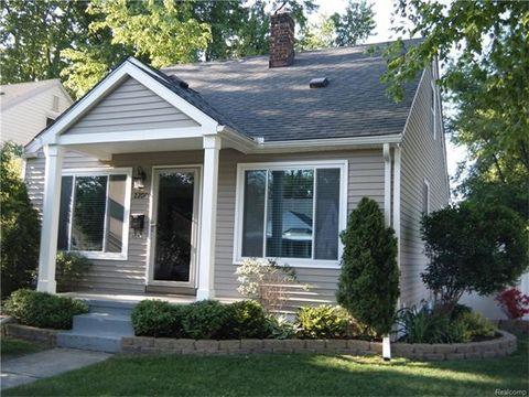 2200 Sprague Ave, Royal Oak, MI 48067