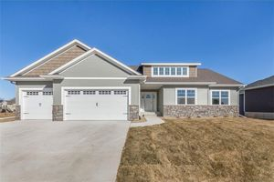 1310 Settlers Dr, Marion, IA 52302