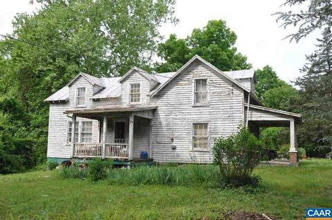 Photo of 5634 Lowesville Rd, Piney River, VA 22964