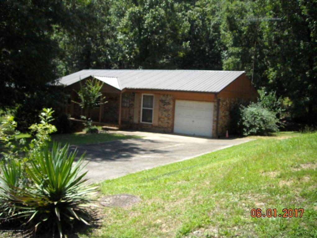 1202 Cherokee Rd, Jasper, AL 35501