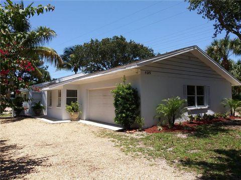 Photo of 635 Holly Rd, Vero Beach, FL 32963
