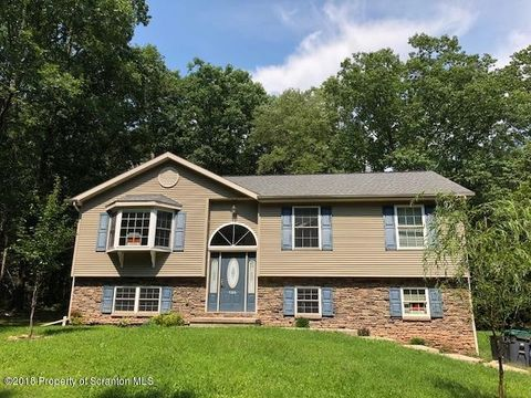 186 Woodland Dr, White Haven, PA 18661