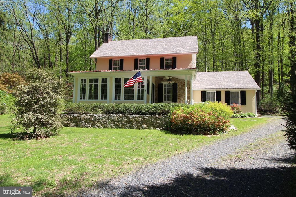 4627 Upper Mountain Rd New Hope Pa 18938 Realtor Com