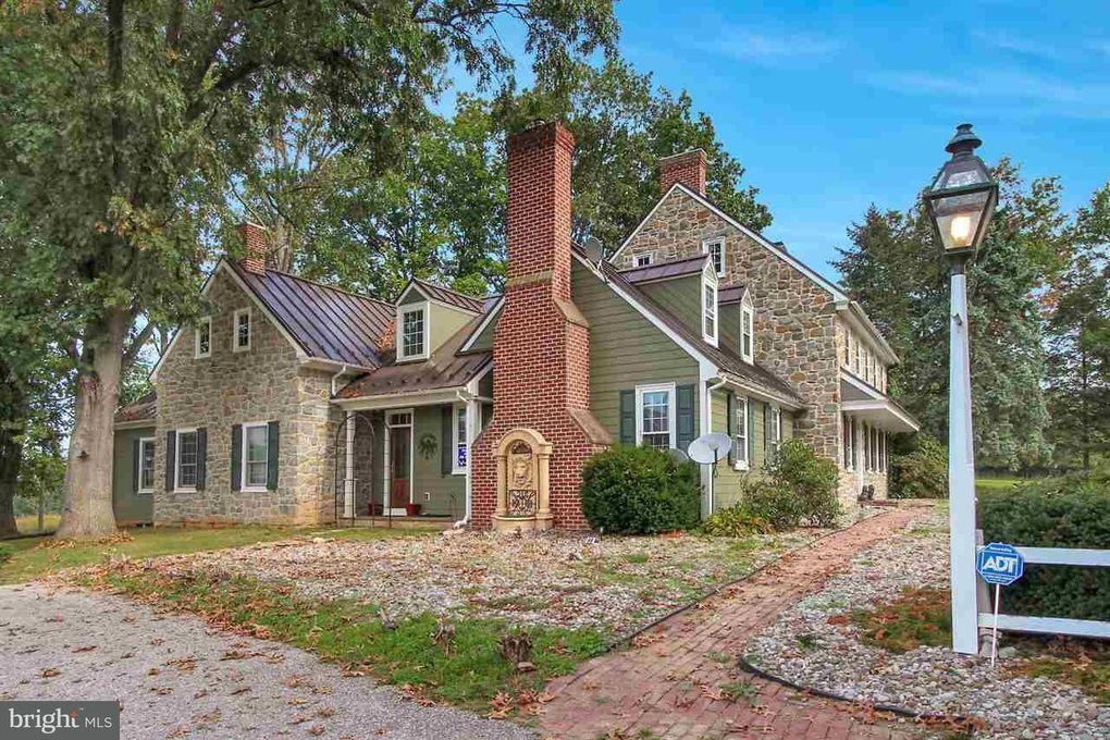 3441 Lower Glades Rd, York, PA 17406