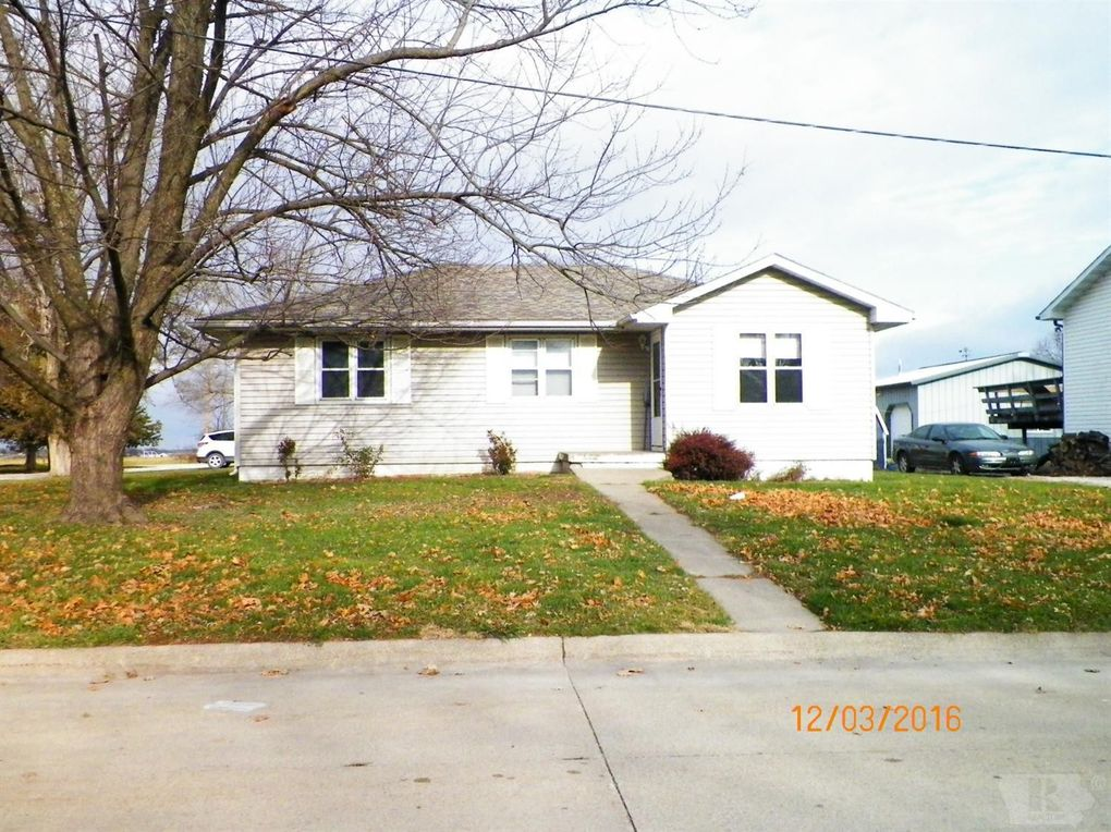 1827 mitchell ave chariton ia 50049 for Mitchell homes price list