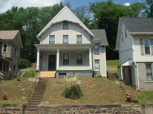 657 washington ave tyrone pa 16686 home for sale and real estate listing