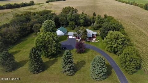 Photo of 14035 Highway 40 Nw, Milan, MN 56262