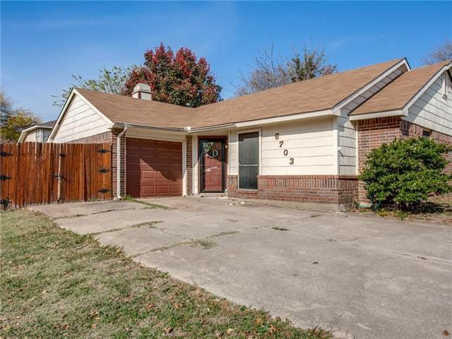 6703 Fire Hill Dr, Fort Worth, TX 76137