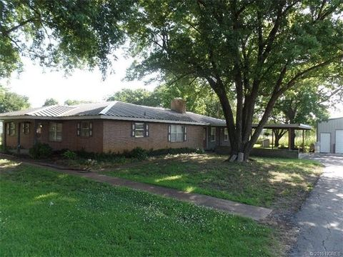 19854 County Road 3610 Rd, Stonewall, OK 74871