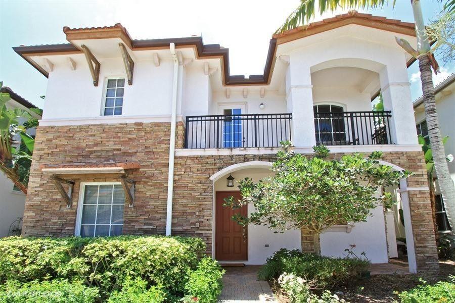 56 Stoney Dr, Palm Beach Gardens, FL 33410