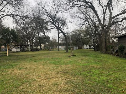 Photo of 214 Frisco St, Houston, TX 77022